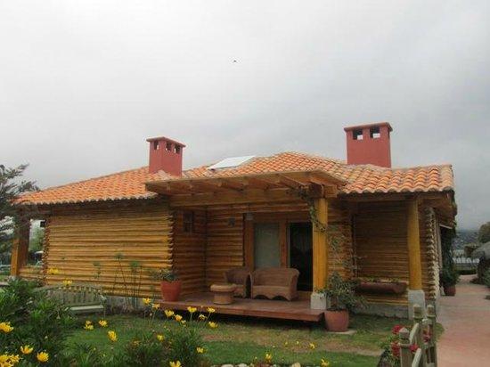 Hosteria Cabanas del Lago: ALOJAMIENTO BIEN