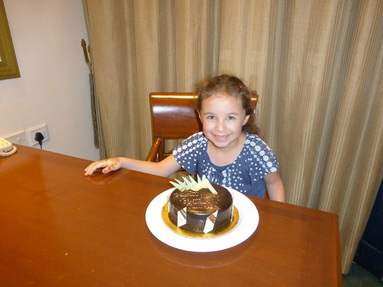 Sheraton New Delhi: Birthday Cake Surprise