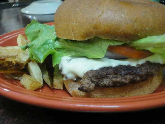 Whitewater Grill: GREAT burgers!