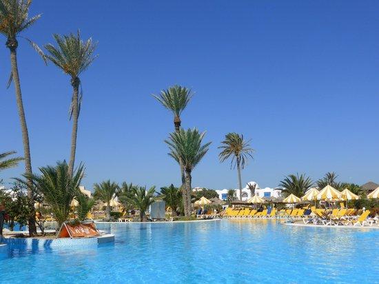 Djerba Holiday Beach : Piscine de Holiday beach