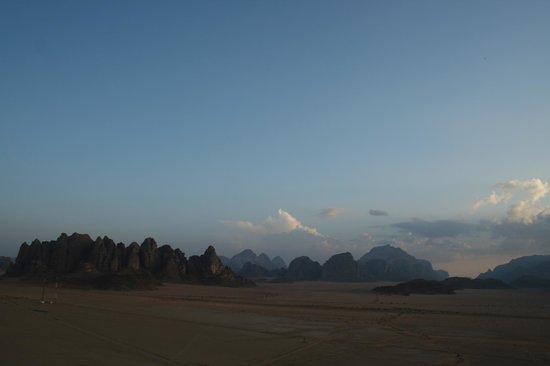 Jabal Rum Camp : Пейзаж