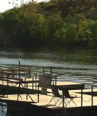 Lakeshore Resort : New uncovered boat dock