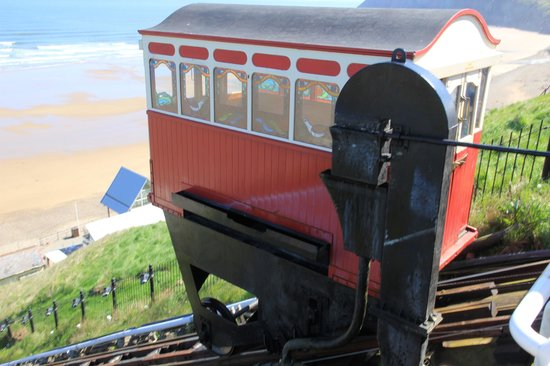 Saltburn Cliff Lift: The Gubbins