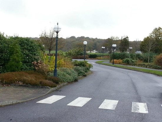 The Europe Hotel & Resort: the driveway to the hotel
