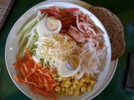 Ya Udah Bistro : Chef's Salad