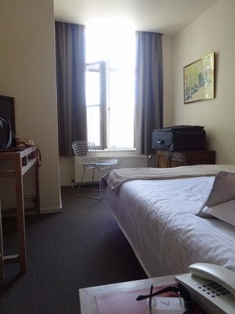 Adornes: our room