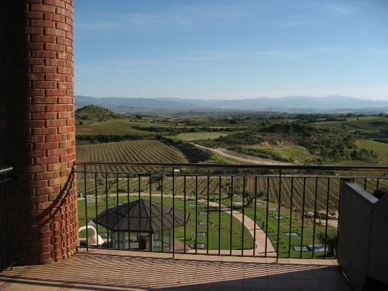 Hotel Eguren Ugarte: view from room 204 balcony