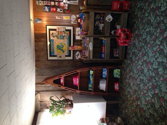 Lakeshore Resort : Office at Lakeshore