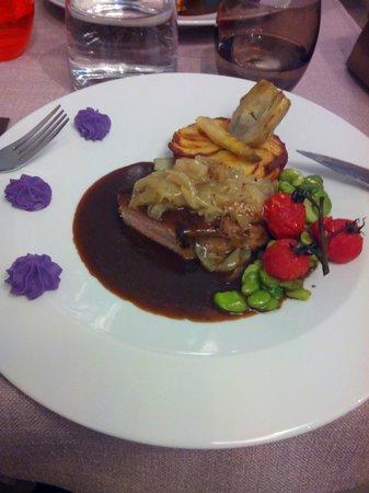 Le Tablier Bariolé : Pièce de veau en basse température, jus corsé au balsamique