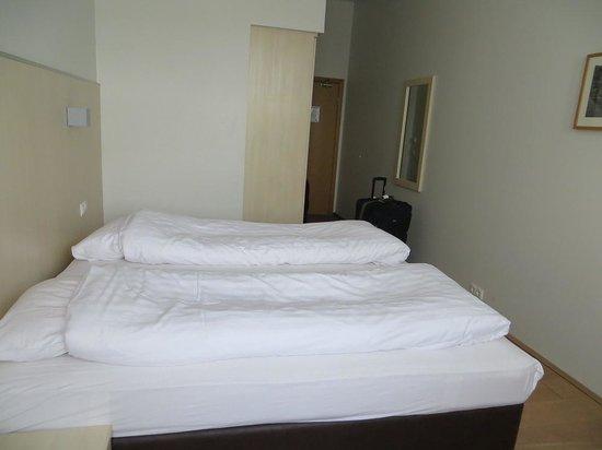 Hotel Klettur : Room