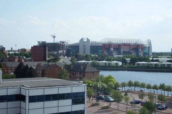 Holiday Inn Express Manchester - Salford Quays : View from room 620
