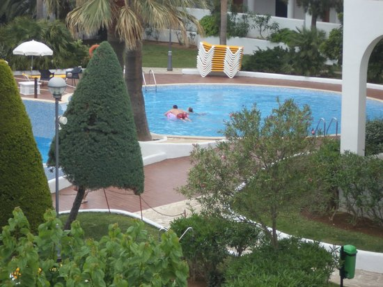 Club Martha's Aparthotel: 1 of the out door pools and view from balcony