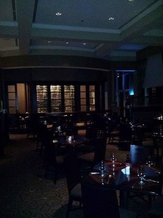 Omni Dallas Hotel at Park West : Restaurant