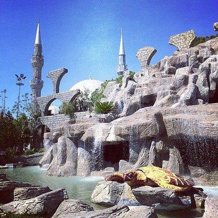 Belek Town Mosque