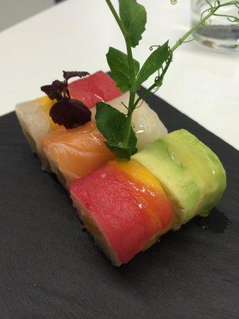 b.sushi: Arc-en-ciel