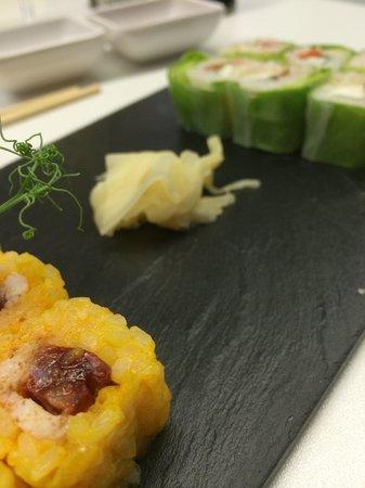 b.sushi: Maki chorizo