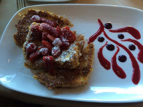 Drakes Sonoma Coast Kitchen: French toast