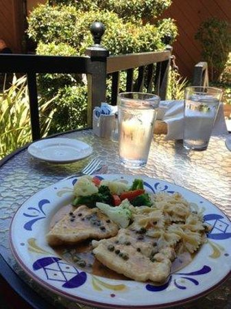Florentine Restaurants & Pasta : Tender, juicy chicken piccata with chewy bow-tie pasta and tender veggies
