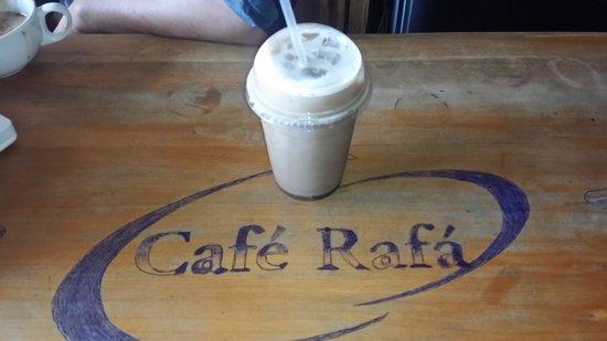 Cafe Rafá: Iced Coffee