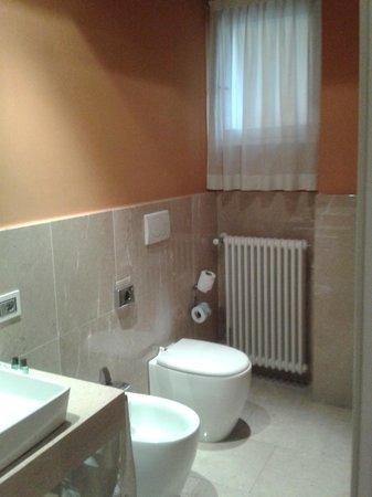Hotel Michelangelo: Bagno