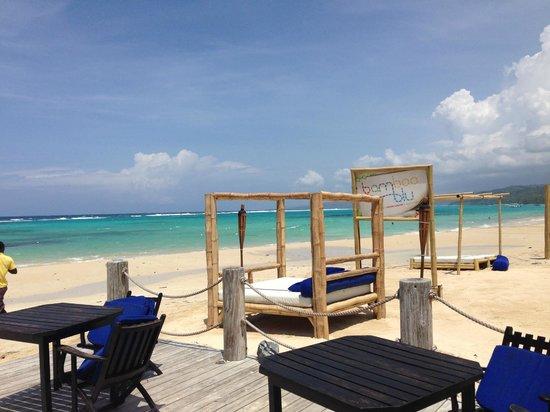 Bamboo Blu Cabanas On The Beach