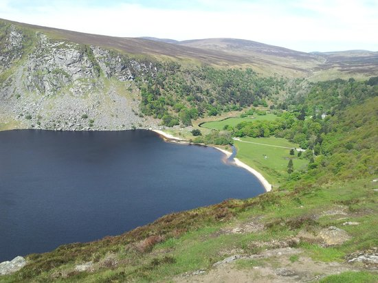 Over the Top Tours: Guiness Lake