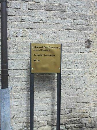 Chiesa San Giacomo: cartello chiesa esterno