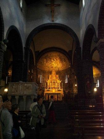 Chiesa San Giacomo: interno navata centrale