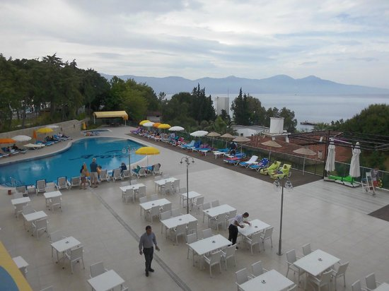 Arora Hotel: Vue piscine