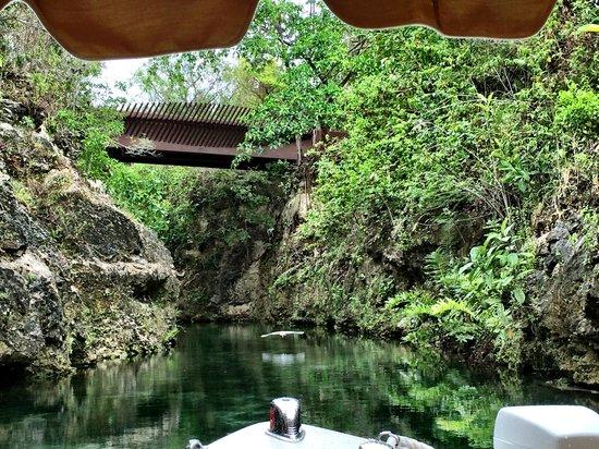 Fairmont Mayakoba: Boat cruise through the lagoons