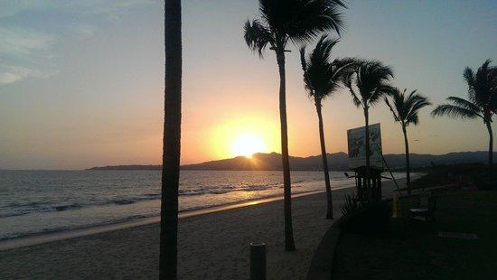 Villa La Estancia: Sunset Playa
