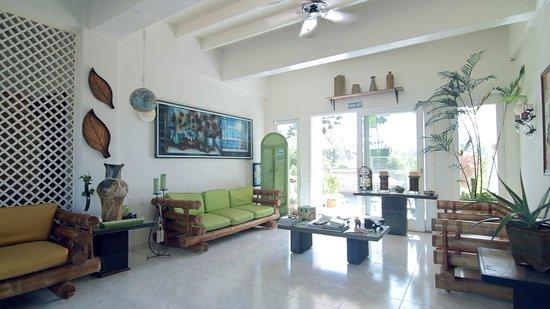 Hosteria Mar y Sol: Lobby
