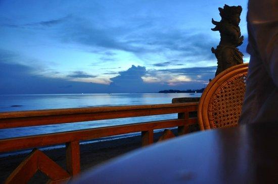 Adirama Beach Hotel: Morgenmad
