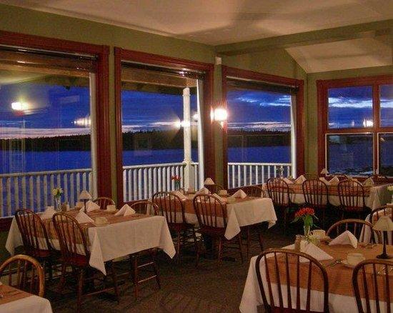 Dining Room at ARgyler Lodge