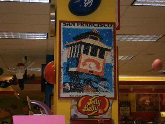Jelly Belly Center: Inside store