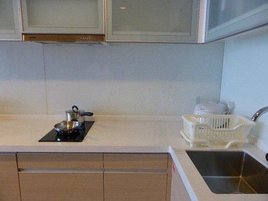 Fraser Suites Chengdu : Kitchenette