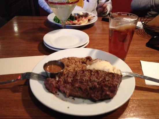 Lone Star Steakhouse & Saloon: Prato de carne