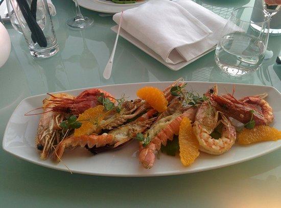 Hi-Res Restaurant: Seafood crustaceans