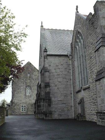 Holy Trinity Abbey Church: Particolare esterno della chiesa