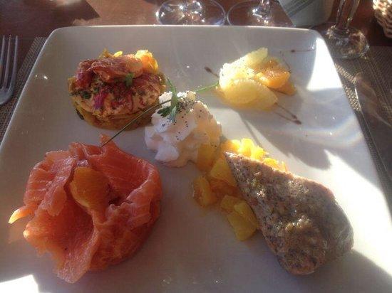 Nausicaa : Demi homard aux agrumes et saumon