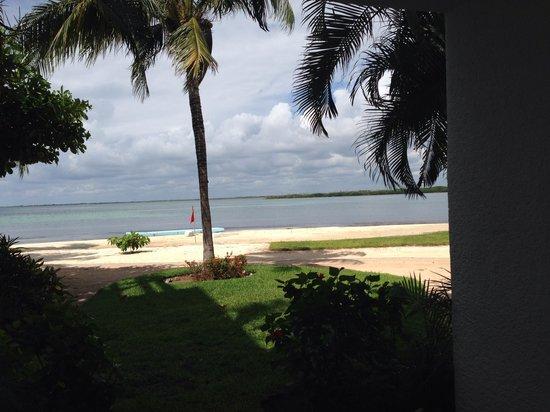 Sunset Marina Resort & Yacht Club : Vista da lagoa no apto