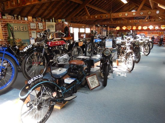 Sammy Miller Motorcycle Museum: Sammy Millers