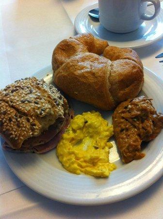 Das Capri. Ihr Wiener Hotel : Breakfast variery