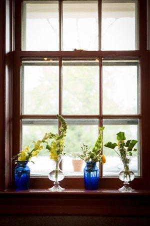 The Robert Morris Inn: Window Sill - photo credit Kate Fine Art Photography
