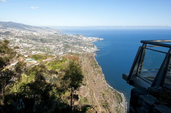Cabo Girao : Another view towards Funchal