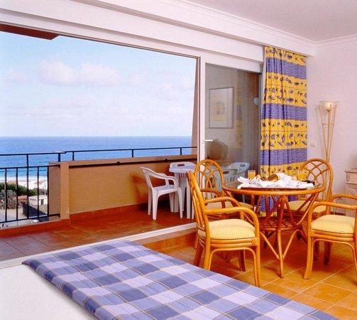 Vila Baleira Porto Santo: Twin Sea Side View