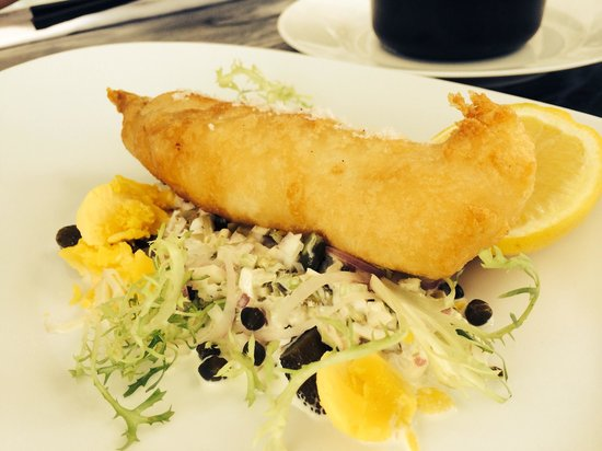 The Traymore Restaurant & Bar : Fried cod