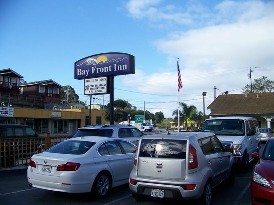 Bay Front Inn sign