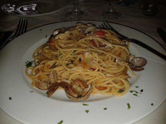 La Taverna di Masaniello: Spaghett alle vongole