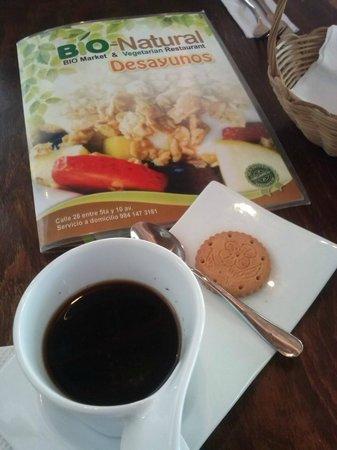 BIO-Natural: Café americano con galleta gluten free